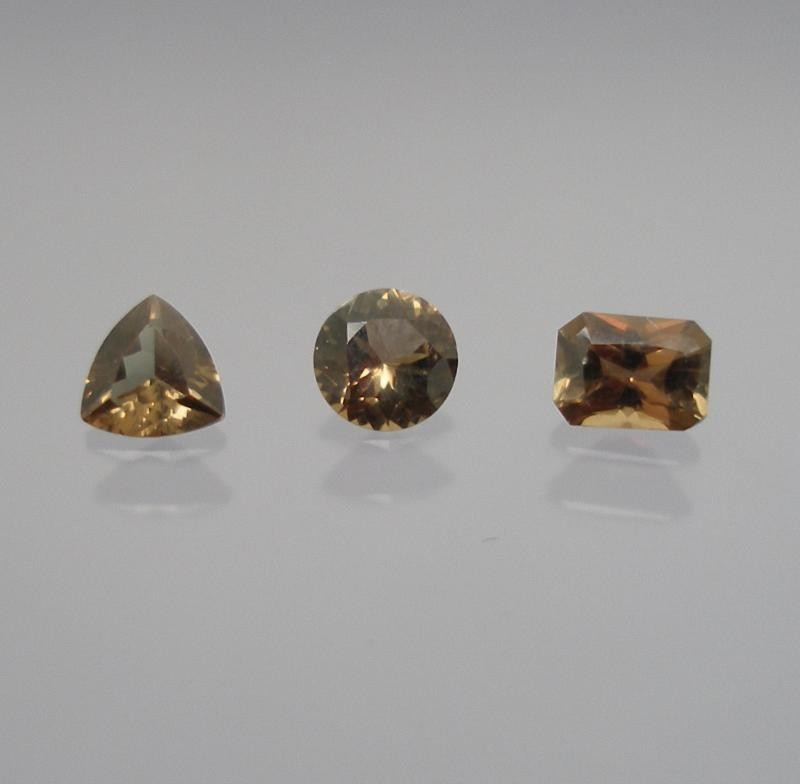 Triphylit facettiert 3 mm, Brasilien
