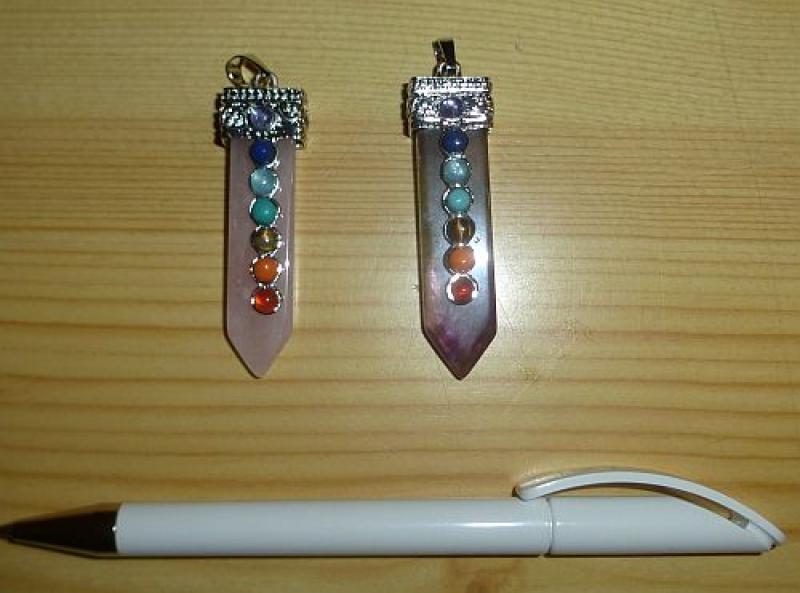 Rosenquarz-Anhänger mit Chakra-Steinen, Pendelanhänger, 1 Stück