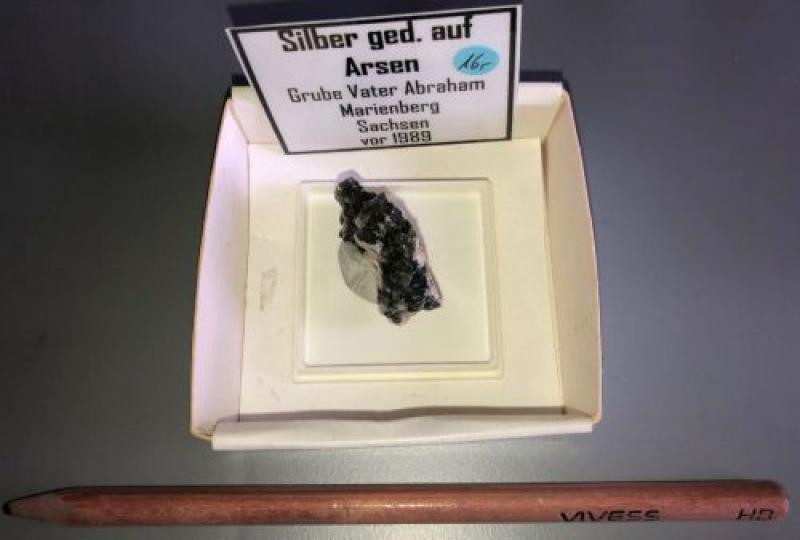 Silber, ged. xx; Grube Vater Abraham, Marienberg, Sachsen, D; KS
