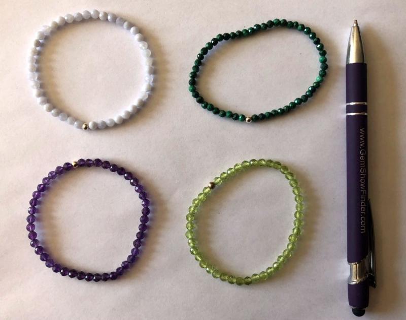 Armband, Olivin-Peridot (facettiert) und Echtsilberkugel, 4 mm Kugeln, 1 Stück