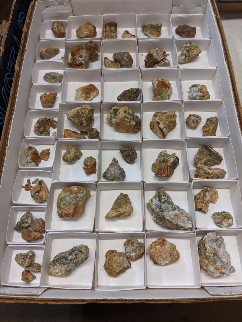 Mackayit xls; Lone Pine Mine, New Mexico, USA, 1 flat