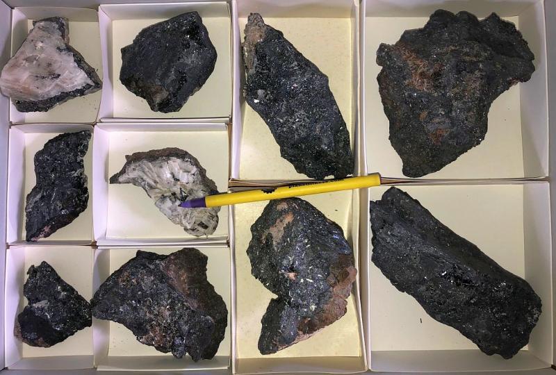 Manganit Kristalle, Ilfeld, Harz, Deutschland, 1 Steige
