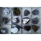 Silizium, rein, mit isometrischen-hexoktahedralen Kristallen, 1 Steige