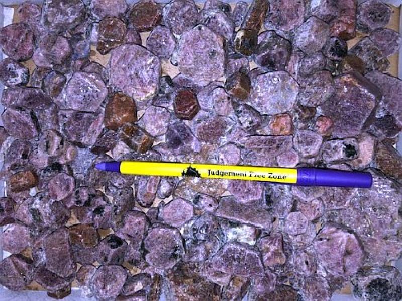 Ruby, large, tabular crystals, Tanzania, 1 kg