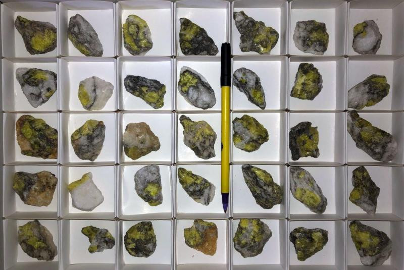 Sulfur, nat., Weenzen, Ith, Lower Saxony, Germany, 1 flat