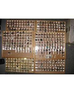 1000 verschiedenen Mineralien, Sammlung in MM-Größe