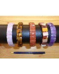 Armband mit Tigerauge-Elementen, rechteckig, facettiert, 10 x 10 mm, 1 Stück