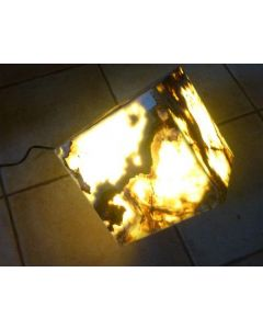 "Aragonit (""Onyx"") Lampe, Würfel 20 cm Kantenlänge, mit Elektrik, 1 Stück"