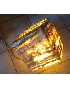 "Aragonit (""Onyx"") Lampe, Würfel 24 cm Kantenlänge, mit Elektrik, 1 Stück"