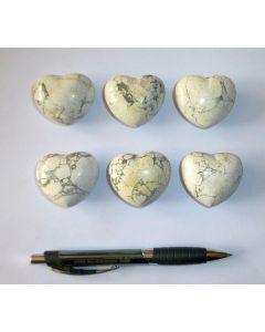 Herz aus Howlit/Magnesit, unbehandelt, ca. 4 cm, 10 Stück