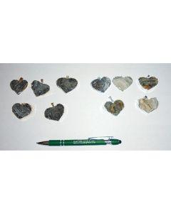 Drusige Quarz Geode in Metallfassung (silber) als Anhänger, Herz