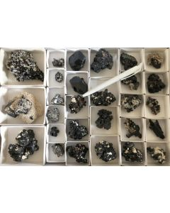 Schörl Kristalle (schwarzer Turmalin), Namibia, 10 Steigen