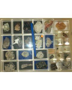 Gemischte Mineralien aus Deutschland, D., 1 Partie mit 28 Stück.