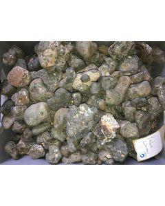 Schlacke mit Blei-Silber Halogeniden (Kristalle in Drusen), antik! Pacha Limani, Laurion, Griechenland, 1 kg