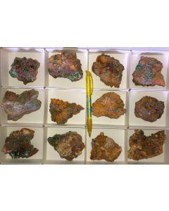 Smithsonit xx (grün!), Aurichalcit xx; Barbara Mine, Laurion, Griechenland, 1 Steige