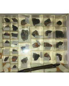 Gemischte Mineralien aus Jachymov, Tschechische Republik, 1 Steige mit 29 Stück