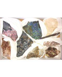 Tsumeb Mineralien aus alter Sammlung, 1 Steige mit 8 Stück