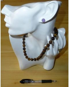"""Display for necklaces """"large head w/ hand, lusterous"""""""