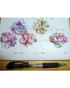 Flower rings made of cloth