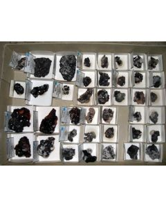 Hausmannite xx; N' Chwaning Mine, Kalahari Manganese Field, Kuruman, RSA; KS