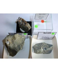 Natrolit xx; Aris Quarry, Windhoek, Namibia; NS