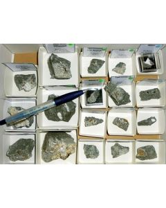 Aris, Windhoek, Namibia; small collection of well identified specimen; 1 lot of 45 specimen, large flat