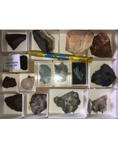 Mixed minerals from Namibia (good, Tsumeb + Topaz from Spitzkoppe), 1 flat