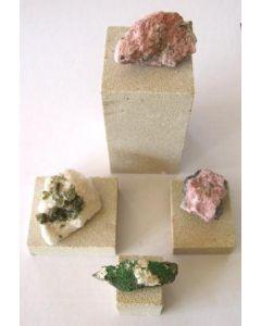 Sandsteinsockel, individuelle Größen, 10 Stück
