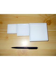 Gemstone box, 9x9x3 cm, white, 1 piece